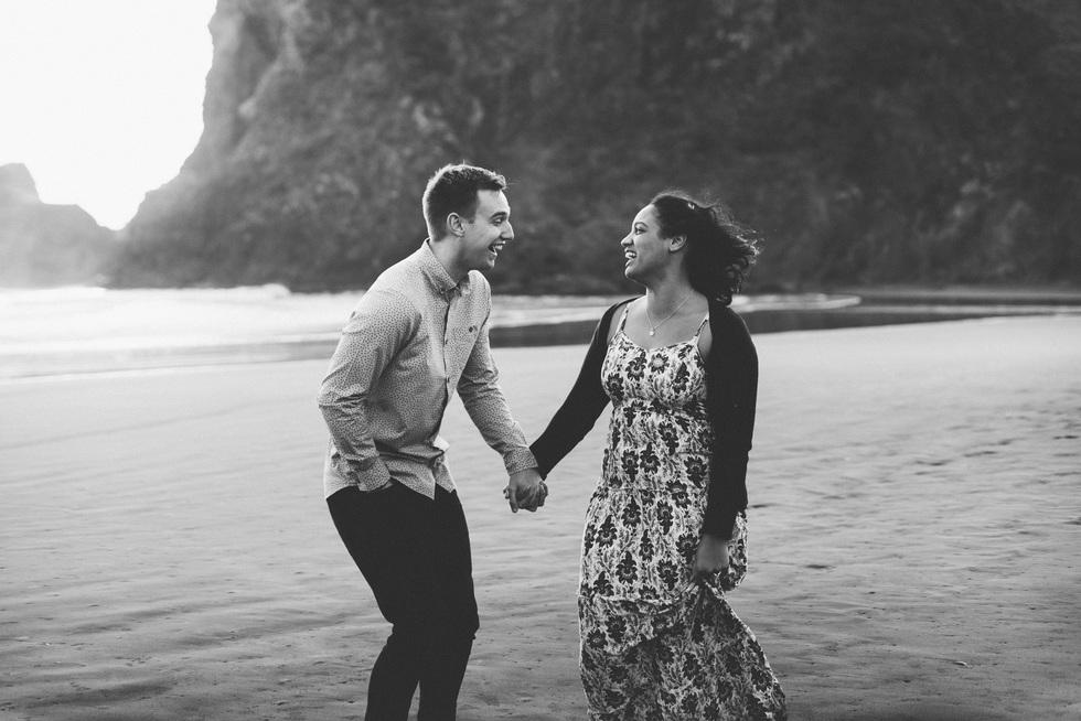piha beach engagement